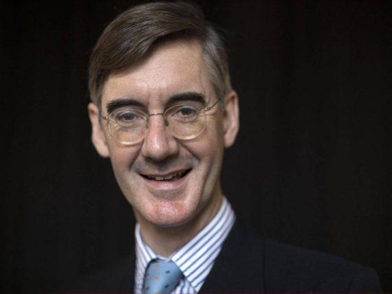Jacob Rees Mogg président groupe parlementaire eurosceptique Brexit conservateur catholique