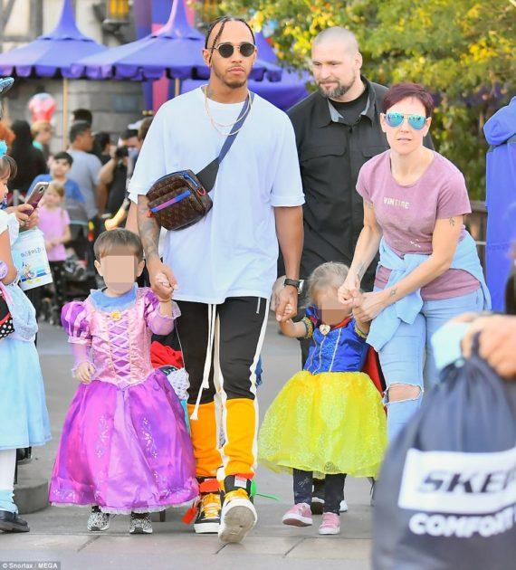 Lewis Hamilton neveu nièce habillés princesses coureur F1