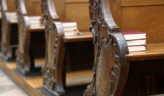 fréquentation églises société croyants