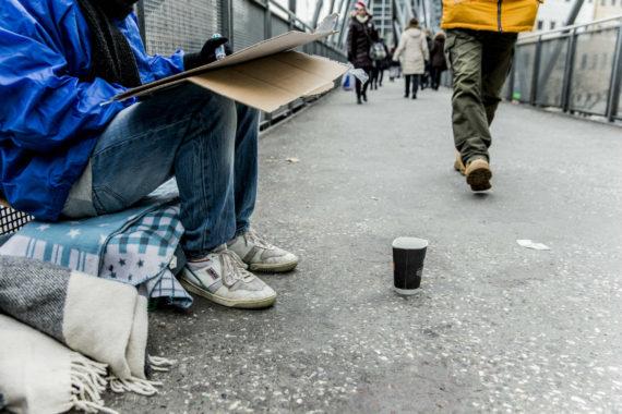 mendiants musiciens rue paiement Smartphone Norvège