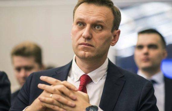 tribunal russe fermeture fondation Alexei Navalny boycotter élection présidentielle