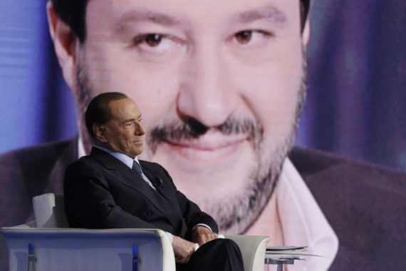 Berlusconi 600.000 migrants prêts commettre crime