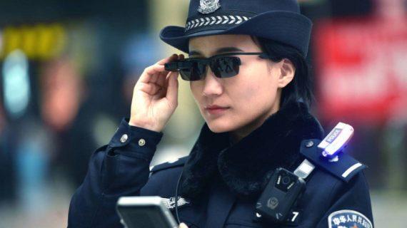 Chine lunettes intelligentes police arrêter délinquants