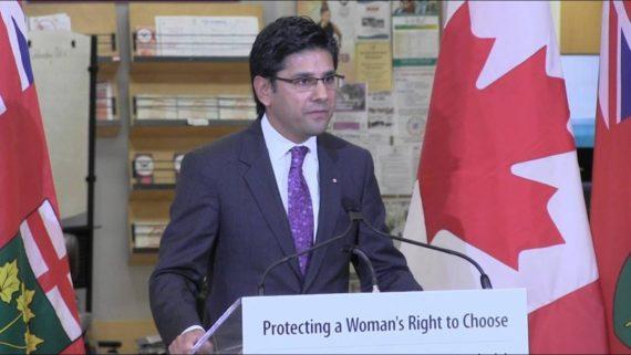 Zone franche 50 mètres avortoirs Ontario manifestations pro vie interdites