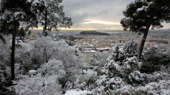 urgence neige Hiver froid populations infantilisées