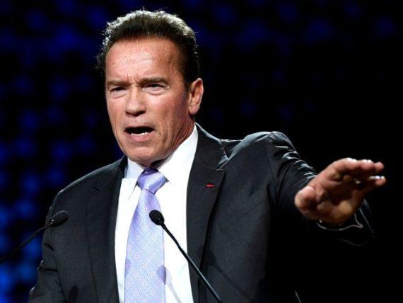 Arnold Schwarzenegger poursuivre grandes sociétés pétrolières