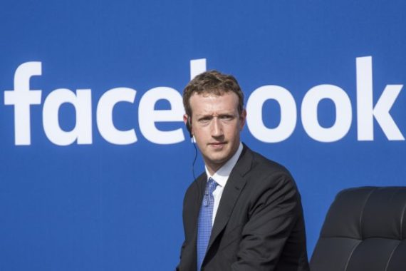 Mark Zuckerberg fortune 5 milliards dollars Facebook données campagne Trump