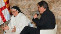 La phrase: «Nous autres chrétiens avons été sauvés par Jésus-Christ, et en ce moment, par le pape François»