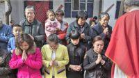Persécution des catholiques fidèles en Chine communiste: un prêtre chassé de sa paroisse et de son ministère