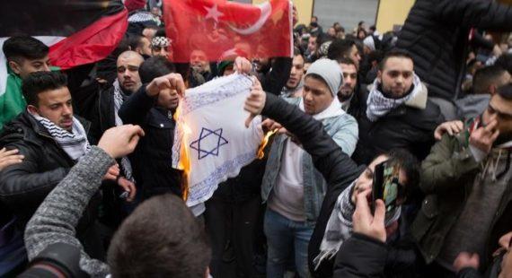 Angela Merkel antisémitisme immigration musulmane Allemagne