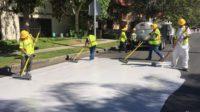 Los Angeles repeint ses rues en blanc pour combattre le «changement climatique»