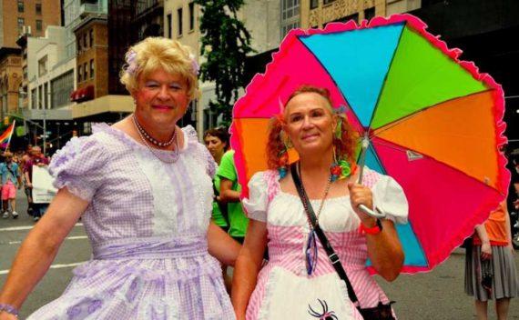 Juge Anglais Féministe Radicale Lui Parlant Transsexuel