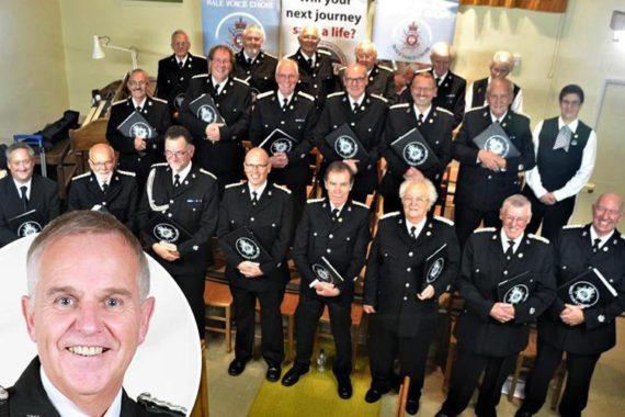 Police Chœur Derbyshire Interdit Egalité Genre