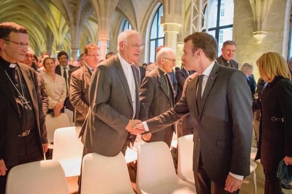 discours Emmanuel Macron Bernardins séduction Eglise catholique smits