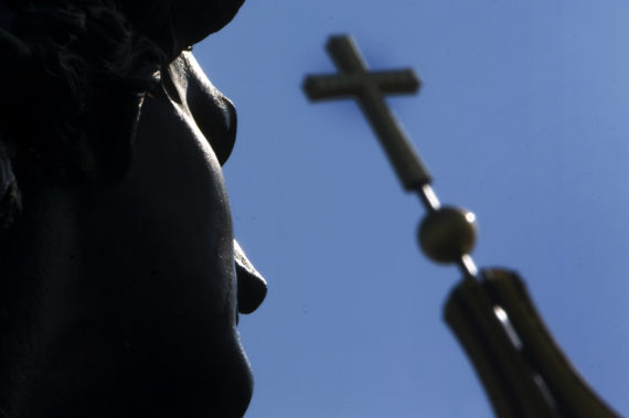 embauche appartenance religieuse Allemagne Cour justice européenne employeurs Eglise