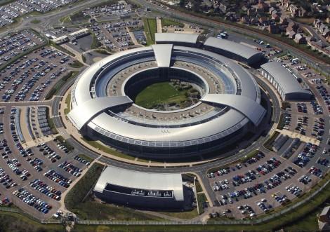 L'organisme de surveillance britannique manipule-t-il le Net?
