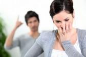 Royaume-Uni: pénaliser les violences psychologiques en couple?