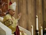 L'archevêque de San Francisco cible de LGBT largement financés…