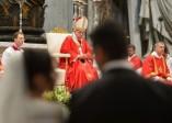 Vatican: les vingt mariages très «contemporains» du Pape François