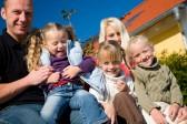 Socialisme : de nouvelles économies sur le dos des familles