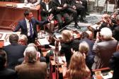Valls envisage la suppression de la première tranche de l'impôt sur le revenu