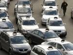 SNCF, grève des taxis contre Uber: la déréglementation des transports en question