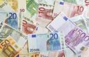 Le gouvernement réduit l'argent liquide «pour lutter contre le terrorisme»