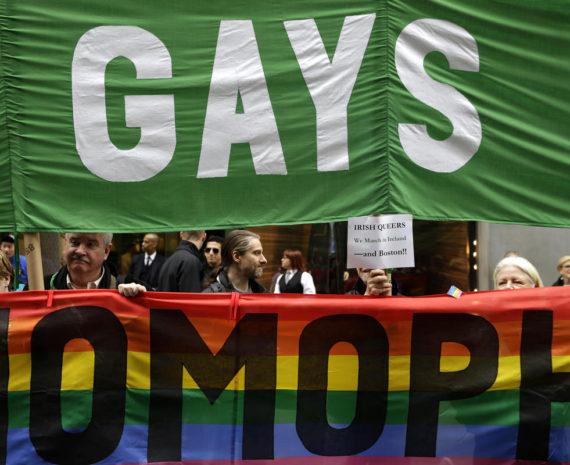 parade Saint Patrick LGBT pro vie cardinal Dolan