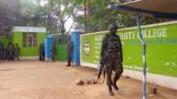 Kenya: cinq terroristes islamistes massacrent 147 étudiants de l'Université de Garissa, en tuant les chrétiens et épargnant les musulmans