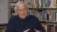 Mondialisme&nbsp;: dans un entretien avec <em>Russia Today</em>, le globaliste Noam Chomsky se plaint de l'impossibilité d'imposer la loi internationale aux grandes puissances