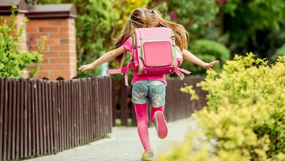 amende parents enfant vacances période scolaire Royaume Uni