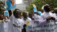 Des chrétiens du Kenya avertissent Obama: non à l'homosexualité dans leur pays!