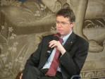 Homosexualité: Radio Vatican répercute la thèse du P. Lintner selon laquelle «la morale sexuelle de l'Eglise est en changement»