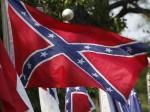 Le chiffre: 57% C'est le pourcentage d'Américains qui voient le drapeau Confédéré …