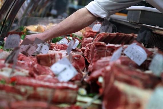 Consommation en hausse: l'homme mange toujours plus de viande