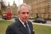 Lord Pearson, membre britannique de l'UKIP, affirme que l'islam n'est pas une «religion de paix»