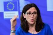 Opposition au TTIP: Cecilia Maltröm, commissaire chargé du Commerce pour l'UE répond que son «mandat ne provient pas du peuple européen»
