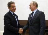 Diatribe autour de la visite de Nicolas Sarkozy à Vladimir Poutine