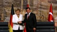 En Turquie, Angela Merkel négocie donnant-donnant