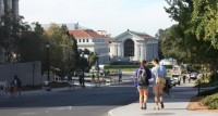 Près d'un million d'étudiants étrangers inscrits à l'université aux États-Unis