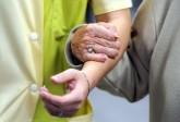 La prise en charge des personnes âgées dépendantes, une bombe à retardement en Angleterre