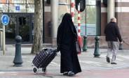 Belgique: 18 mois de prison pour une femme qui a agressé un policier après qu'il lui a demandé de retirer son niqab