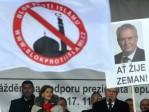 Le président tchèque, Milos Zeman, a qualifié la crise des migrants d'«invasion organisée»