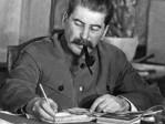 Plaques à la mémoire des victimes de Staline –mais la BBC révise leur nombre à la baisse