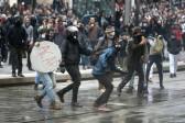 La violence comme réponse étatique aux manifestations d'opposition à la politique gouvernementale