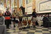 A Chartres, l'anneau de sainte Jeanne d'Arc parmi les pèlerins