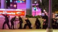 La révolution antiraciste tue: 11 policiers abattus à Dallas, USA