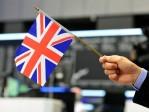 La livre faible attire les investisseurs étrangers après le Brexit