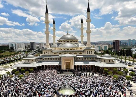 Turquie erdogan mosquées neuves milliers