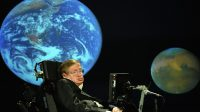Stephen Hawking encourage la Chine à construire un collisionneur de hadrons